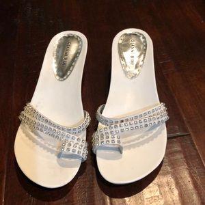 Dressy sandles